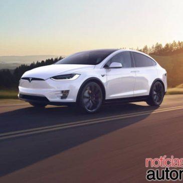 Tesla tem dez anos a mais de experiência com elétricos, diz VW