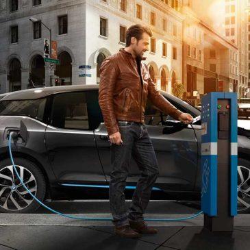 BMW lança rede de recarga inteligente para veículos elétricos e híbridos no Brasil