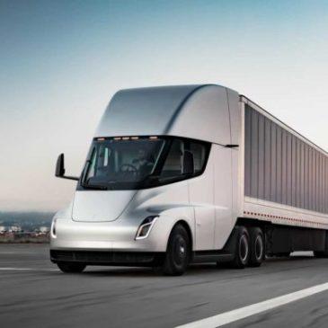 Caminhão elétrico da Tesla terá 1.000 km de autonomia e 40 toneladas de capacidade