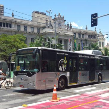 O papel da regulamentação na transição para eletromobilidade